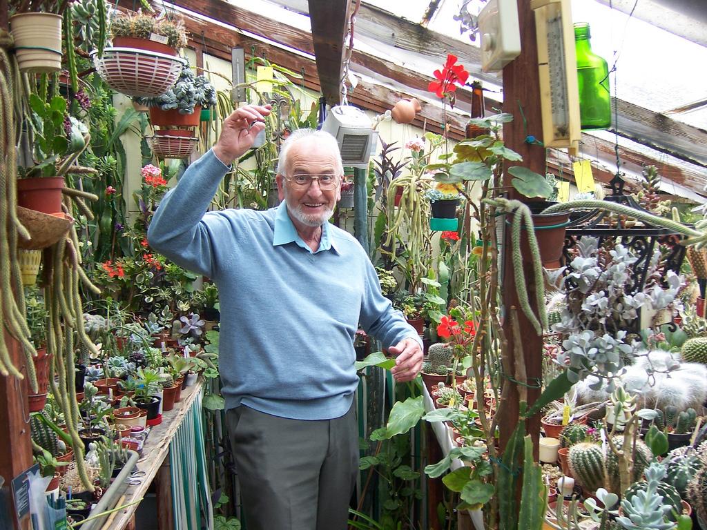 Derek Castle in his greenhouse / by srboisvert on Flickr